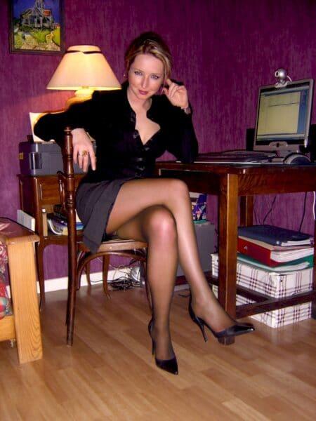 Femme adultère soumise pour coquin qui apprécie la domination