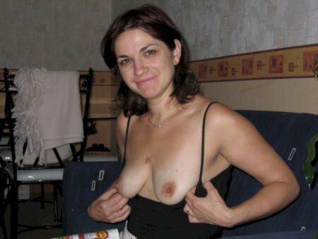 Femme cougar sexy recherche un libertin sur le 01