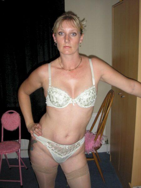 Plan baise pour femme mariée entre adultes qui savent ce qu'ils veulent pour une femme libertine sur le 54